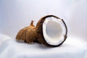 Comment casser une noix de coco?