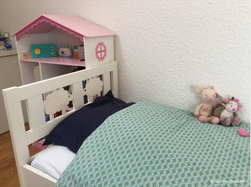 tête de lit enfant motif moutons